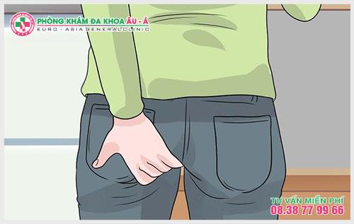 Cẩn trọng với rò hậu môn chảy mủ