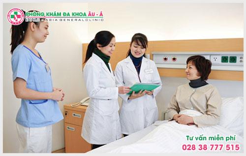 Bệnh vẩy nến ở móng tay có thể khắc phục được tình trạng của bệnh nếu như phát hiện sớm và được các bác sĩ giỏi hỗ trợ