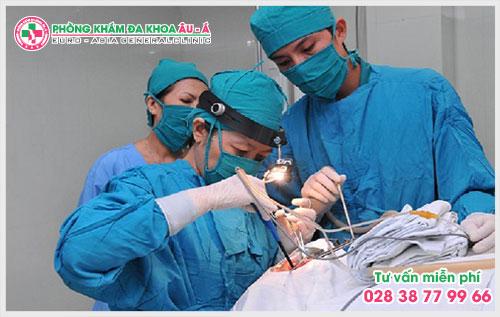 Một trong những yếu tố đầu tiên mà người bệnh nên chú ý để lựa chọn địa chỉ phẫu thuật rò hậu môn uy tín nhất TPHCM chính là phải có giấy phép hoạt động của Sở Y tế.