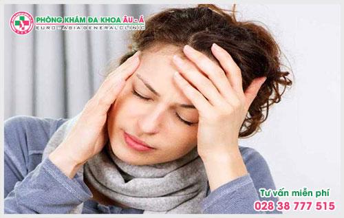 Bệnh á sừng, vẩy nến là một dạng viêm da có thể xuất hiện ở nhiều vị trí khác nhau trên cơ thể, bệnh vảy nến á sừng ở tay, ở đầu, chân.