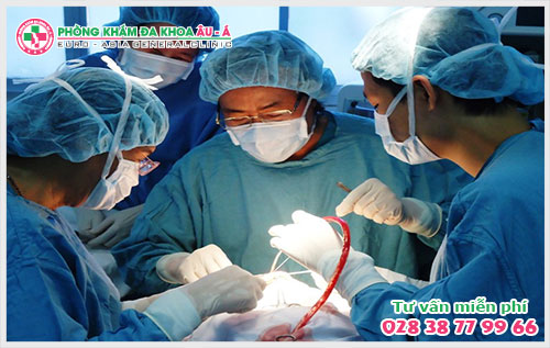 Phẫu thuật nứt kẽ hậu môn chi phí có mắc không?