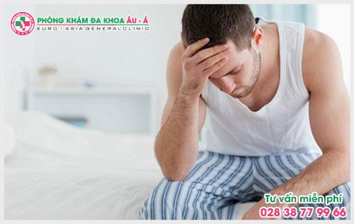 Triệu chứng viêm bao quy đầu thường mắc phải ở nam giới