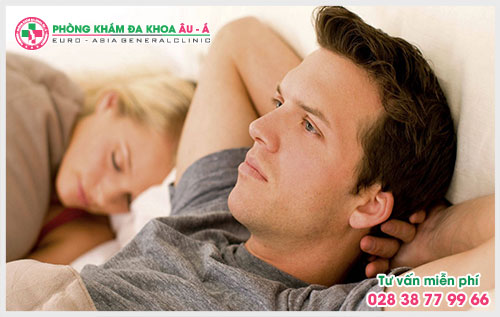 Cẩn trọng với biểu hiện đi tiểu rắt ở nam giới