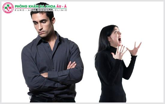 Hiện tượng quan hệ nhanh ra ở nam giới là gì?