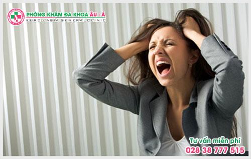 Những điều cần biết về bệnh rụng tóc