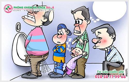 Điều trị tiểu nóng, tiểu khó ở nam giới: Dễ hay khó?